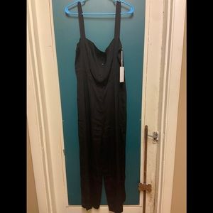 Pretty wide leg black jumpsuit
